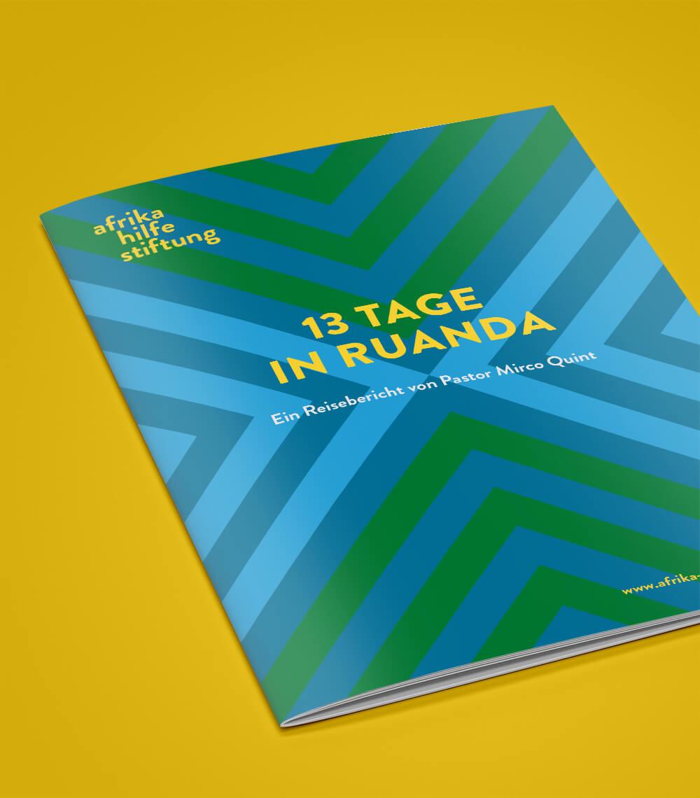 Corporate Design: Cover von der Broschüre für Arika Hilfe Stiftung