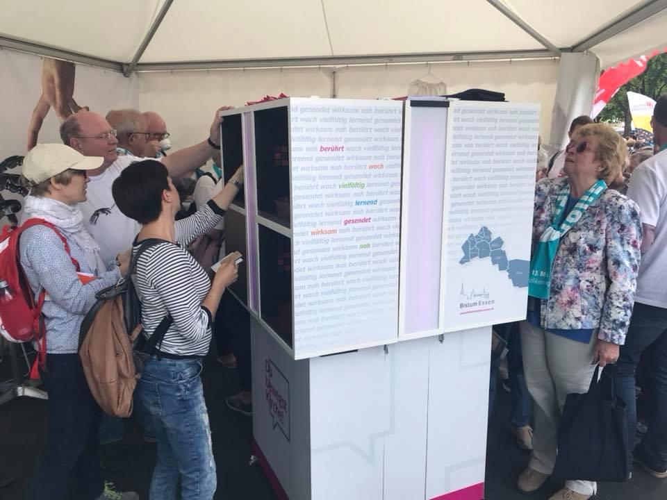 Von 31M entwickelter Rätsel-Cube für den Auftritt des Bistum Essen auf dem Katholikentag
