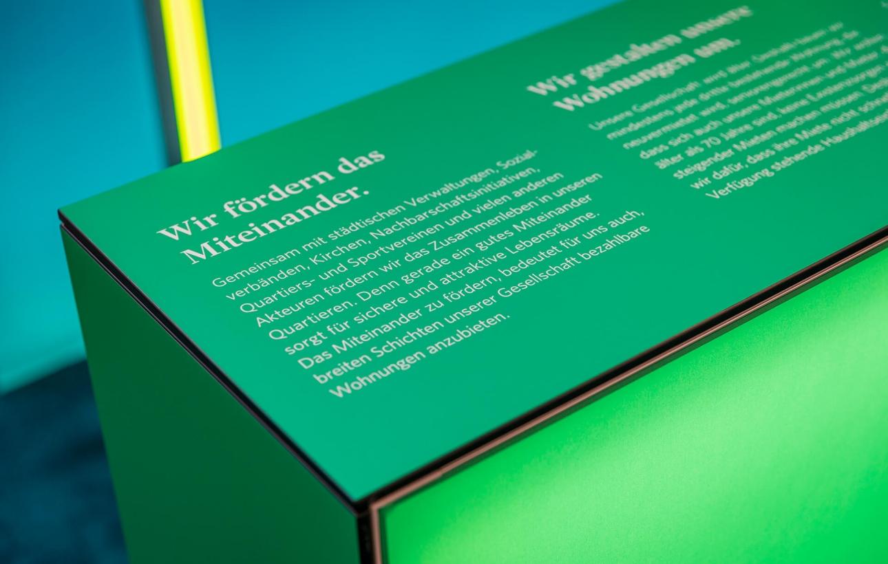 Detail Counter: Konzeption, Design und Messebau des Messestand für Vonovia von 31M Brand Space