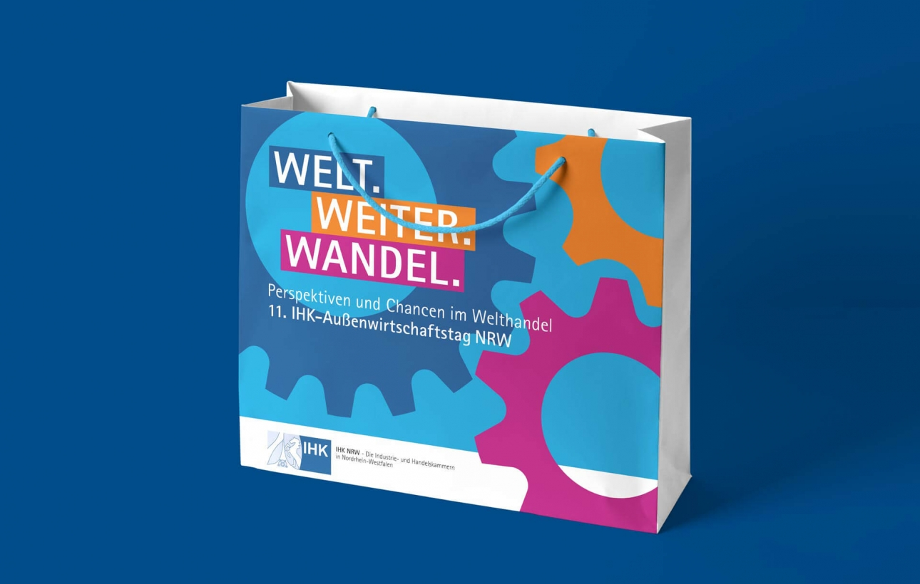 Tragetasche im Eventdesign des NRW-Außenwirtschaftstages 2020, gestaltet von der Corporate Design Agentur 31M