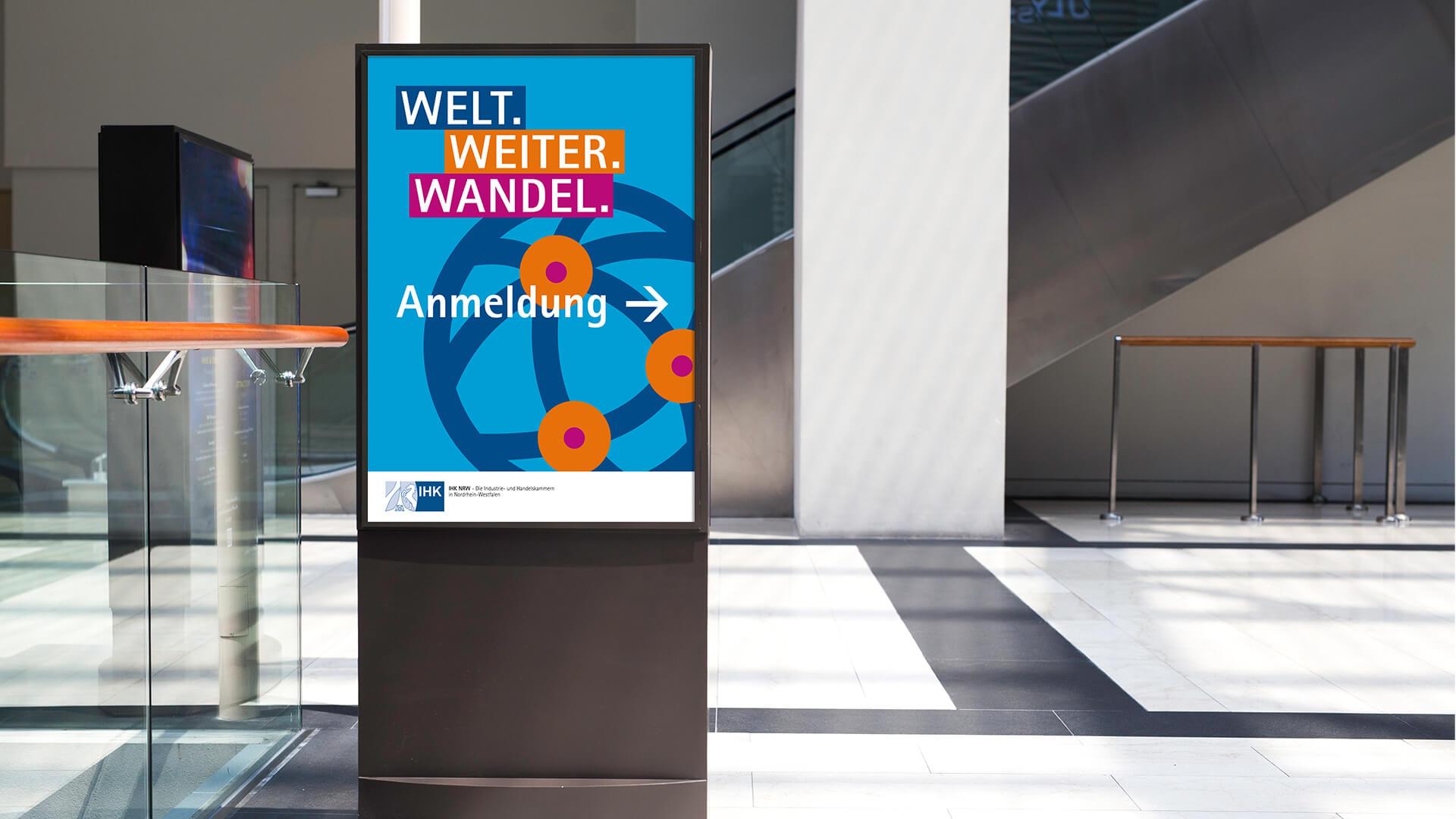 Citylightplakat für das Eventbranding des NRW-Außenwirtschaftstages 2020, gestaltet von der Corporate Design Agentur 31M