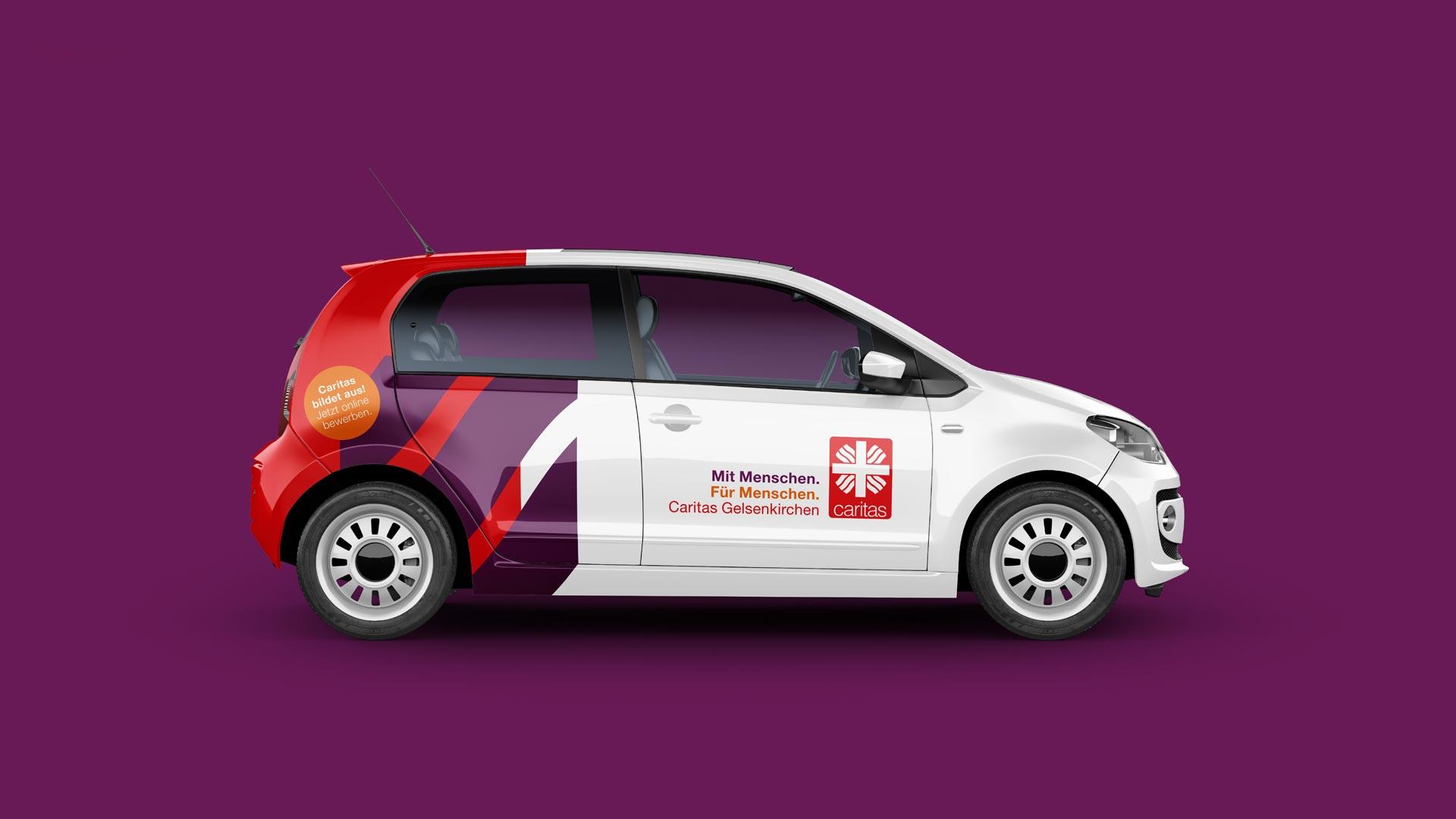 Fahrzeugbeschriftung im neuen Corporate Design