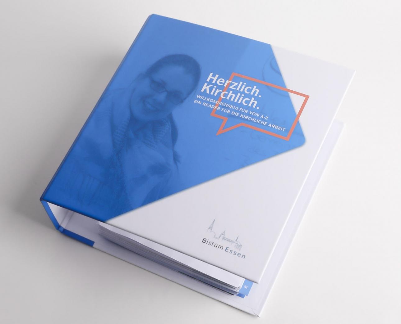Folder, Ordner für Willkommenskultur Bistum Essen