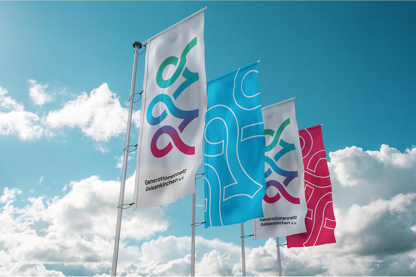 Flaggen im neuen Design des Generationennetz Gelsenkirchen e.V.